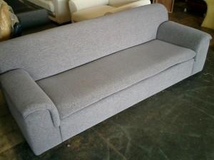 インテリア センター 3人掛けソファーの張替え