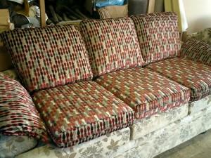 ソファーのクッション張替え