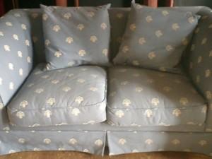 2人掛けソファーの張替え