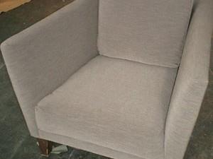 1人掛けソファーの張替え