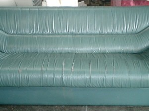 3人掛けソファーの張替え